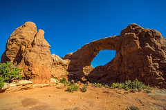 south window - Arches NP, Utah, USA (Russell Scott Images) Tags: archesnationalpark utah usa southwindow arch sandstone russellscottimages