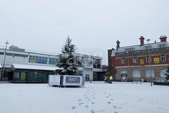 H508_7426 (bandashing) Tags: hyde tameside civicsquare market snow winter christmas white footprints grit sylhet manchester england bangladesh bandashing aoa socialdocumentary akhtarowaisahmed