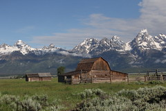 Barn On Mormon Row (Variegated Vibes) Tags: tetons