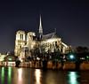 Notre Dame, París. (Santos M. R.) Tags: notredame parís sena noche luces reflejos isla