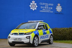 LJ67 VPD (S11 AUN) Tags: durham cleveland police bmw i3 electric plugin hybrid range extender phev incident response support roads policing rpu traffic car 999 emergency vehicle demonstrator demo bmwcarsuk lj67vpd