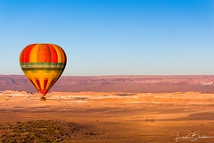 Balloons Over, San Pedro de Atacama (Luis Bardisa Gallardo) Tags: ballons flight eos canon canont5i 1855mm atacama sanpedrodeatacama desierto chile globos aerostaticos volar
