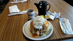 Peach Rooty Tooty Fresh and Fruity Pancakes and Hot Tea (jovilady2525) Tags: pancakes tea ihop breakfast food foodgasm foodporn ilovefood yummy delicious
