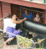 looking down on ladies from a bridge (the foreign photographer - ฝรั่งถ่) Tags: two ladies child old sofa khlong thanon portraits bangkhen bangkok thailand canon