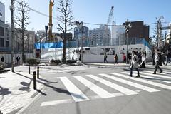 Tokyo.渋谷区宇田川町 公園通り (iwagami.t) Tags: 201801 fujifilm fuji xt1 xf14mm japan tokyo city town urban crossing