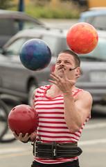 20180127_2934_7D2-160 Mighty Mike juggling three bowling balls (johnstewartnz) Tags: mightymike busker buskers worldbuskersfestival newbrighton christchurch newzealand canon canonapsc apsc eos 7d2 7dmarkii 7d canon7dmarkii canoneos7dmkii canoneos7dmarkii 70200mm 70200 70200f28