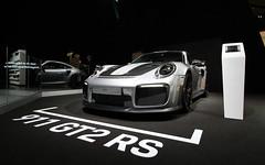Porsche 911 GT2 RS. (Tom Daem) Tags: porsche 911 gt2 rs autosalon brussel brussels motor show