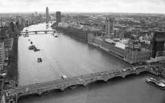 Old Father Thames (DH73.) Tags: london eye river thames westminster bridge houses parliament scenic view panorama minolta dynax 7000i 3570mm af f4 zoom lens ilford delta 400 id11 11 14mins 68°f