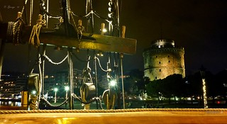 The White Tower of Thessaloniki - Happy nights in Thessaloniki . Greece