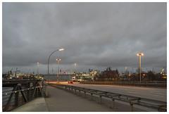 Klütjenfelder Straße / Argentinienknoten (epha) Tags: hafen hamburg kleinergrasbrook klütjenfelderstrase elbphilharmonie heinrichhertzturm telemichel michel argentinienknoten klütjenfelderradwegbrücke