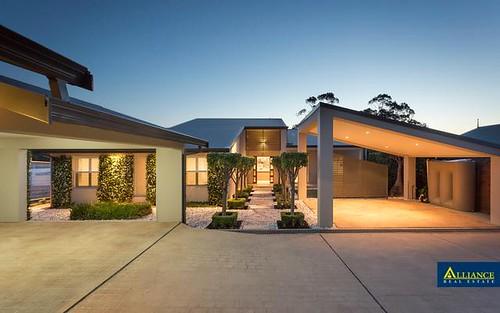 31 Burbank Av, East Hills NSW 2213
