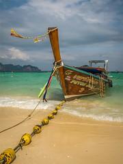 Ko Poda - Krabi - Thailand (alphachim) Tags: panasonic panasonic1260 lumix1260 thailand longtailboat sea andamanensee beach strand südostasien meer outdoor ko poda island insel krabi aonang