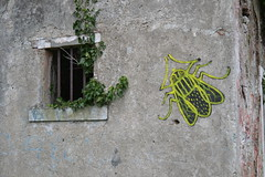 Carrara (08/02/2018) Fotos de zeroanodino para URBANARTIMAÑA (http://zeroanodino.blogspot.de/) Tags: zeroanodino zero anodino art arte arteanodino graffiti grentification gentrificación gentrification italy italia italie postgraffiti poster street stencil strase sticker strada carrara urbanartimaña urbano urbana urban urbex kunst