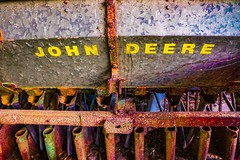 John Deere Alive (Sonia Argenio Photography) Tags: fbsoniaargenio flickrsoniaargenio soniaargenio soniaargeniophotography soniacollectibles crusty dirt farmequipment farmmachinery johndeere oldjohndeere oldtractor rust rustart rustlover rusted rustlovephotography rusty