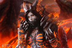 DEATHWING : World of Warcraft (junkeephotography) Tags: worldofwarcraft wow cosplayer cosplay cosplayers cosplaygirl armorgirl dragon azaroth hell portrait fire lava shooting world warcraft girls badass france paris japanexpo japan expo convention parcexpo parcexposition 2017 japanexpo2017