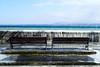 Versoix à midi (8pl) Tags: mur muret glace eau versoix bancs horizon hiver glacial trottoir montagne léman bleu rebord