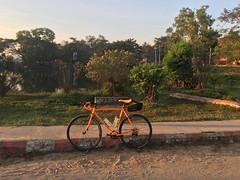 Myanmar, Bago Region, Taungoo District, Taungoo Township, Taungoo Town (Die Welt, wie ich sie vorfand) Tags: myanmar burma bagoregion bago eastbago taungoodistrict taungootownship taungootown taungoo bicycle cycling surly crosscheck