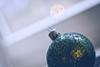 speckled (_andrea-) Tags: speckled hmm happy macro monday happymacromonday mount sonya7m2 objektiv carlzeiss planart1450 bokeh bauble christbaumkugel
