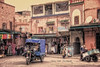 (070/18) Calles de Marrakech (Pablo Arias) Tags: pabloarias photoshop photomatix capturenxd arquitectura moto bici carretera edificio marrakech marruecos