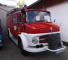 Mercedes L710 - LF8 (michaelausdetmold) Tags: mercedes einsatz blaulicht burghaun hessen rhön lf8 oldtimer kreisfulda