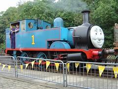 Thomas (aka Hudswell Clarke works No. 1450) at Ingrow (Alun EH) Tags: railways railway railroad keighleyworthvalleyrailway kwvr thomasthetankengine thomas industrialsteam embsayboltonabbeysteamrailway yorkshiredalesrailway ydr dorothy hudswellclarke 1450 no8 britishsteel scunthorpe ingrow ingrowwest train