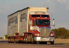 Lindsays (quarterdeck888) Tags: trucks transport semi class8 overtheroad lorry heavyhaulage cartage haulage bigrig jerilderietrucks jerilderietruckphotos nikon d7100 frosty flickr quarterdeck quarterdeckphotos roadtransport highwaytrucks australiantransport australiantrucks aussietrucks heavyvehicle express expressfreight logistics freightmanagement outbacktrucks truckies lindsay lindsays lindsaybros kenworth insulatedtautliner tautliner bdouble t409
