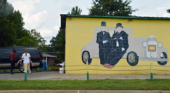 Life imitating art (radargeek) Tags: driving south usa america thesouth mural laurel hardy car garage maintenance travel traveling roadtrip laurelandhardy