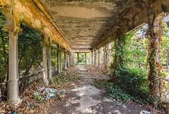 (Kollaps3n) Tags: decay abandoned tuscany abbandono urbex urbanexploration architettura nikon