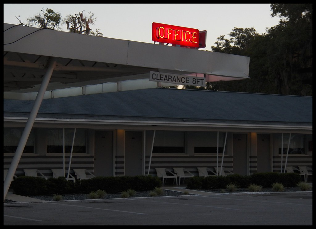 The world 39 s best photos of motel and signage flickr hive for Motor inn ocala fl