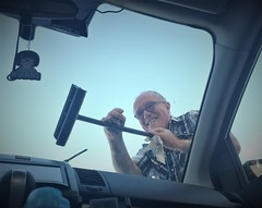 January 23, 2018 (219-365) (gaymay) Tags: california desert gay love palmsprings riversidecounty coachellavalley sonorandesert palmdesert ranchomirage errands 365days selfie squeegee washingwindows