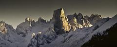 Urriellu (Jose Antonio. 62) Tags: spain españa asturias picosdeeuropa urriellu naranjodebulnes snow nieve mountains montañas