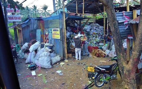INDONESIEN, Java , Richtung Bandung, Müll, 17126/9616