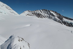 Trugberg ( VS - 3`993 m - Erstbesteigung 1871 - Berg montagne montagna mountain ) in den Berner Alpen - Alps beim Jungfraujoch im Kanton Wallis - Valais der Schweiz (chrchr_75) Tags: hurni christoph chrchr75 chriguhurni februar 2018 schweiz suisse switzerland svizzera suissa swiss albumzzz201802februar gletscher glacier ghiacciaio 氷河 gletsjer kantonwallis kantonvalais wallis valais albumgletscherimkantonwallis alpen alps