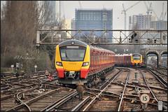 26.01.18 Clapham Junction..707014..707025 (A.P.PHOTOGRAPHY.) Tags: nikond7000 nikkor18300 railways stations tracks signals platforms emus claphamjunctionstation london citydesiros 707014 707025 class700 class707 urbanarte lunaphoto