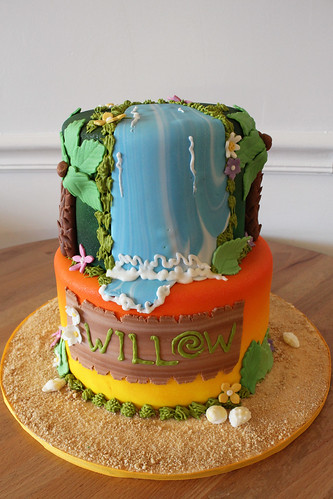 Moana Tropical Cake