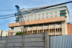 Panti Trisula Perwani samping, lusuh (Ya, saya inBaliTimur (leaving)) Tags: jakarta building gedung architecture arsitektur office kantor