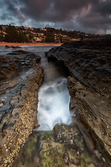Chasm (RoosterMan64) Tags: landscape longexposure nsw northernbeaches rockshelf rocks sunrise sydney whalebeach