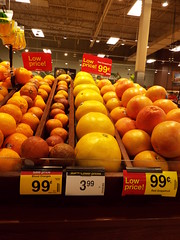 Citrus High (EX22218 - ON/OFF) Tags: citrus fruit oranges blood overpricing inflation kroger louisville kentucky limes usa