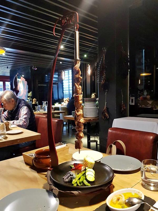 荳牛柴燒牛排餐廳商業午餐