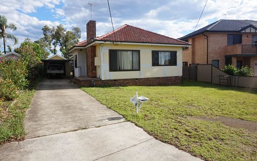 10 Winston Av, Bass Hill NSW 2197