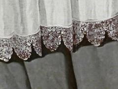 le privilège du blanc (1) (canecrabe) Tags: blanc surplis séville sainthugues réfectoire chartreuse ordre chartreux gris dentelle franciscodezurbaran