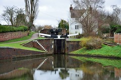 2017 12 21 034 Stourbridge Canal at Wordsley (Mark Baker.) Tags: 2017 baker december eu europe mark midlands stourbridge west wordsley britain british canal day england english european gb great kingdom outdoor photo photograph picsmark uk union united urban water winter