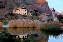 Capo di Lago (annalisabianchetti) Tags: lake lago village borgo vallecamonica mountains montagne italy winter inverno paesaggio landscape
