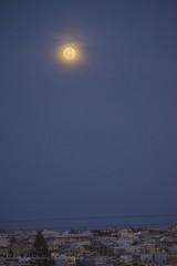 Moon rise on 1 March 2018 (Nikos Roditakis) Tags: moon rise light ring around heraklion nikos roditakis nikon d5200 nikkor afs 55200mm dx f45 ed beautiful night scenes