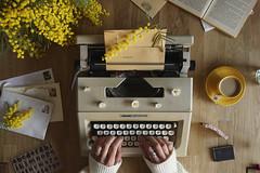 Nostalgy// Nostalgia (Mireia B. L.) Tags: revisar 7dwf nostalgy nostalgia máquinadeescribir typewriter escritura writing 52anónimos sonya6000 fromabove stilllife mimosa letters cartas