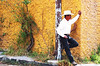 Un verdadero (woolgarphilippe) Tags: hombre homme man hat chapeau sombrero blanc white blanco mexican mexicano mexicain viril virilo masculino masculin male mexico mexique