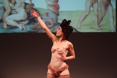 IMGP5002 (i'gore) Tags: montemurlo teatro fts salabanti fondazionetoscanaspettacolo donna donne libertà felicità ritapelusio satira ironia marcorampoldi pemhabitatteatrali
