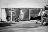 Wonderwall (chipsmitmayo) Tags: nikon f100 nikkor 85mm f14 kodak trix 400 film analog schwarzweiss blackandwhite sw münster westfalen labor kleinbild bahnhof hbf baustelle construction sit demolition plane eingang train station