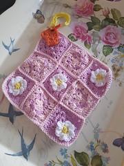 Spring & Aries (les Fils d'Ariane) Tags: printemps spring fleur flower flowerpower decoration aries belier zodiaque pattern modele crochet projet project diy crochetaddict yarn yarnaddict phildar crochetlovers