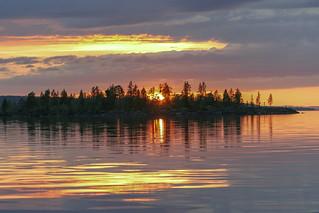 Auringonlasku Inarilla - Sunset at Inari